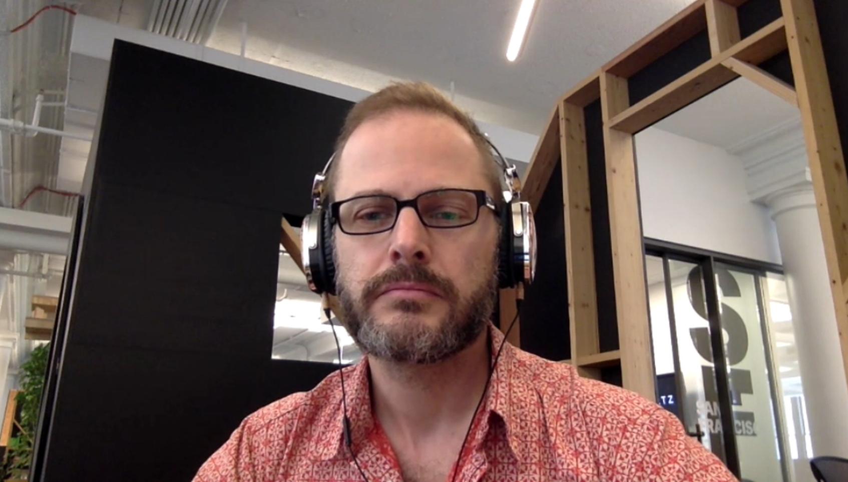 Gideon Lichfield, periodista, durante la entrevista con Economicón el 29 de junio de 2017.