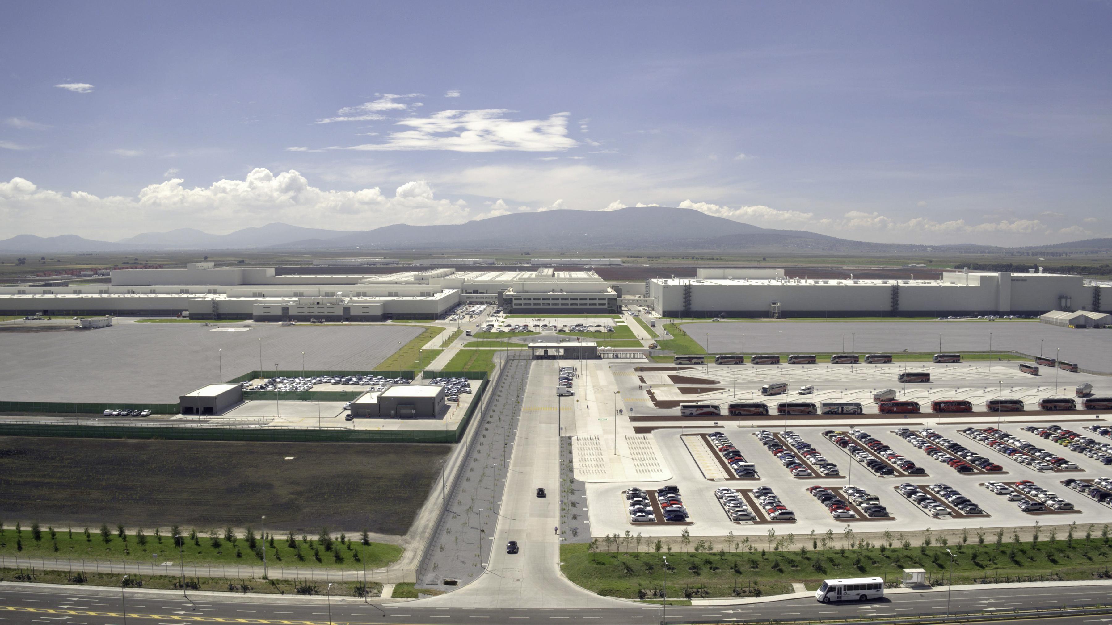 Audi inaugura su planta en San José Chiapa, Puebla, para producir la camioneta Q5.