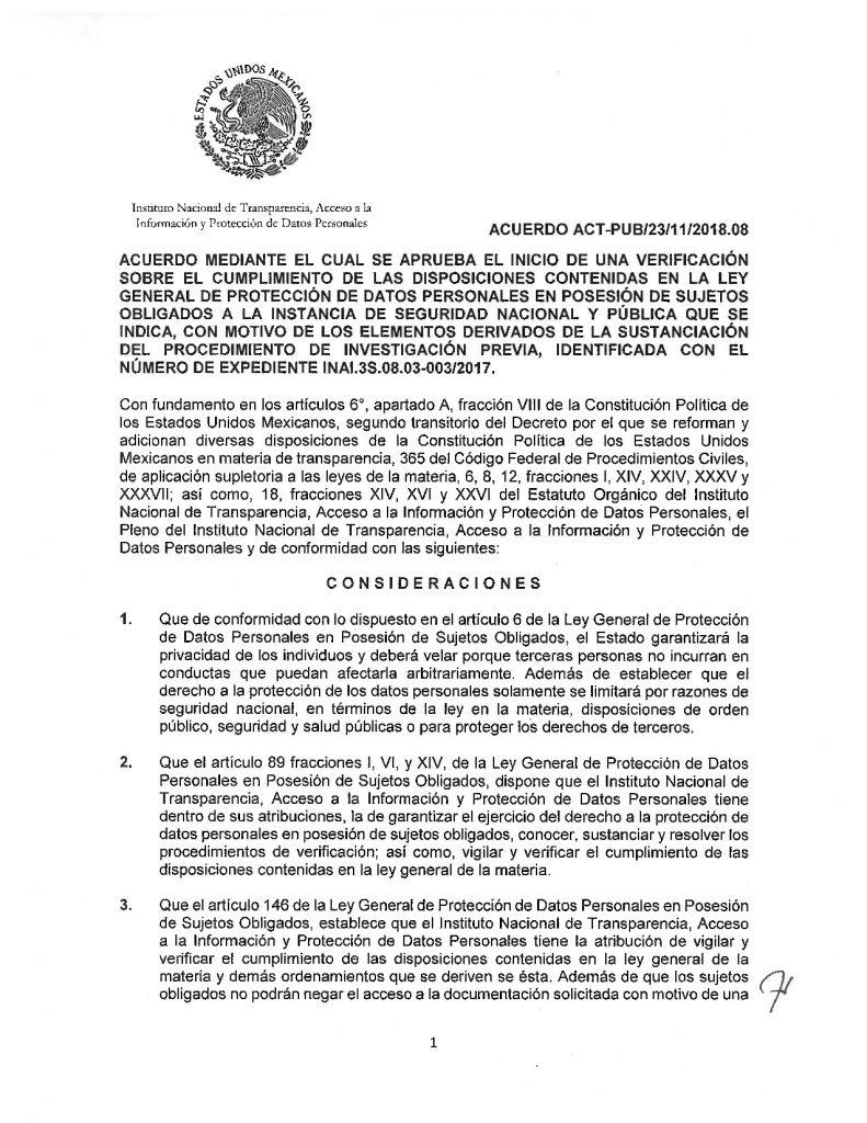 Primera página del acuerdo aprobado por el Pleno del Inai el 23 de noviembre de 2018, en el que se ordena el inicio de un procedimiento de verificación a la PGR relacionado con el uso del software de espionaje Pegasus. Da clic en la imagen para descargar el acuerdo.